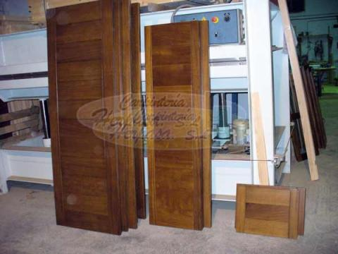Fabrica de ventanas y puertas de madera for Fabrica puertas madera